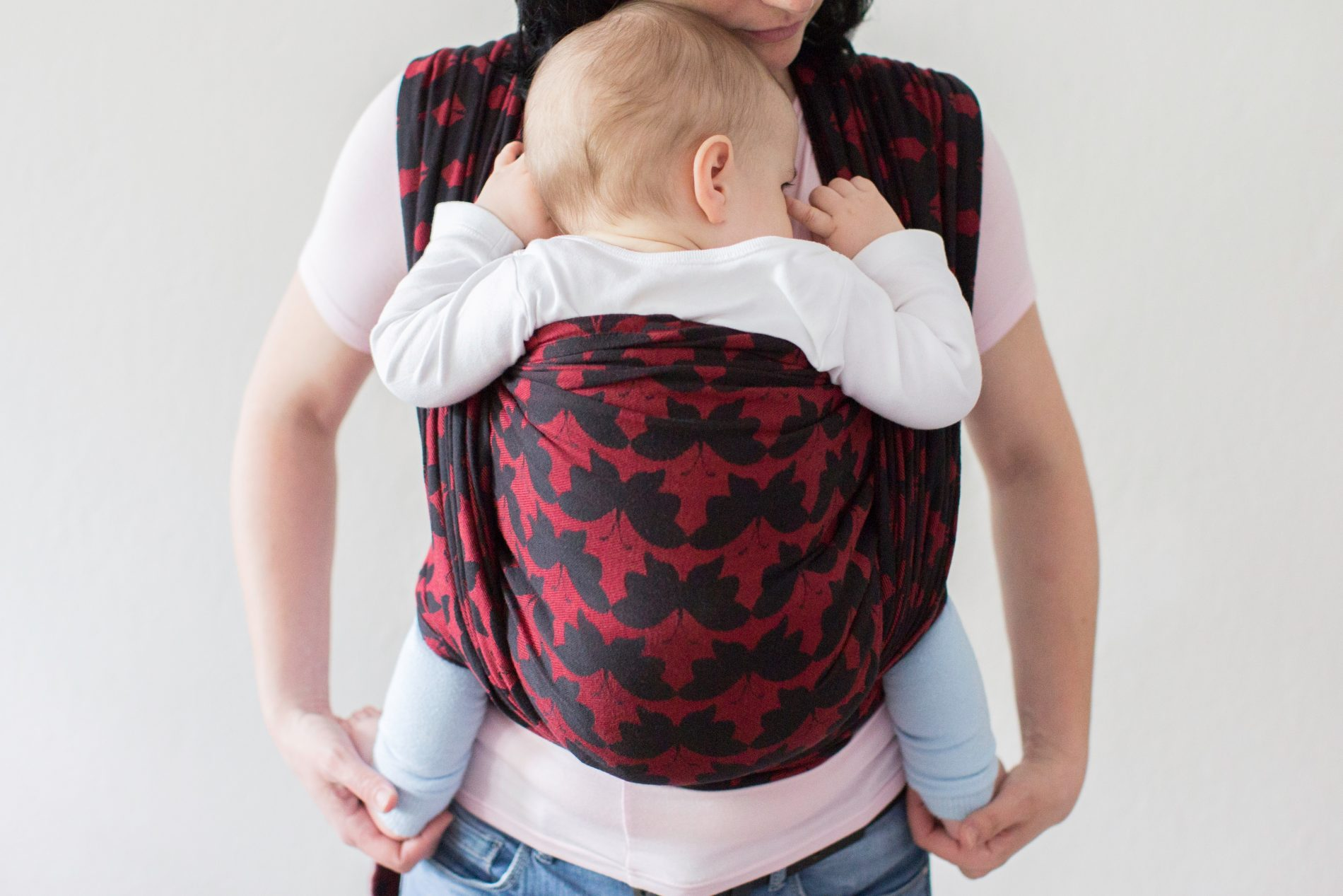 EVERYTHING YOU NEED TO KNOW ABOUT SAFE  BABYWEARING